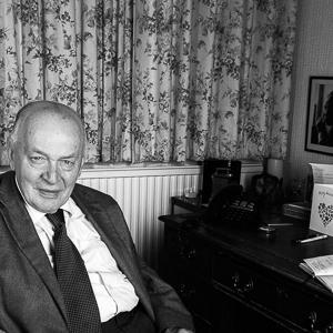 Taylor, Teddy (b. 1937)